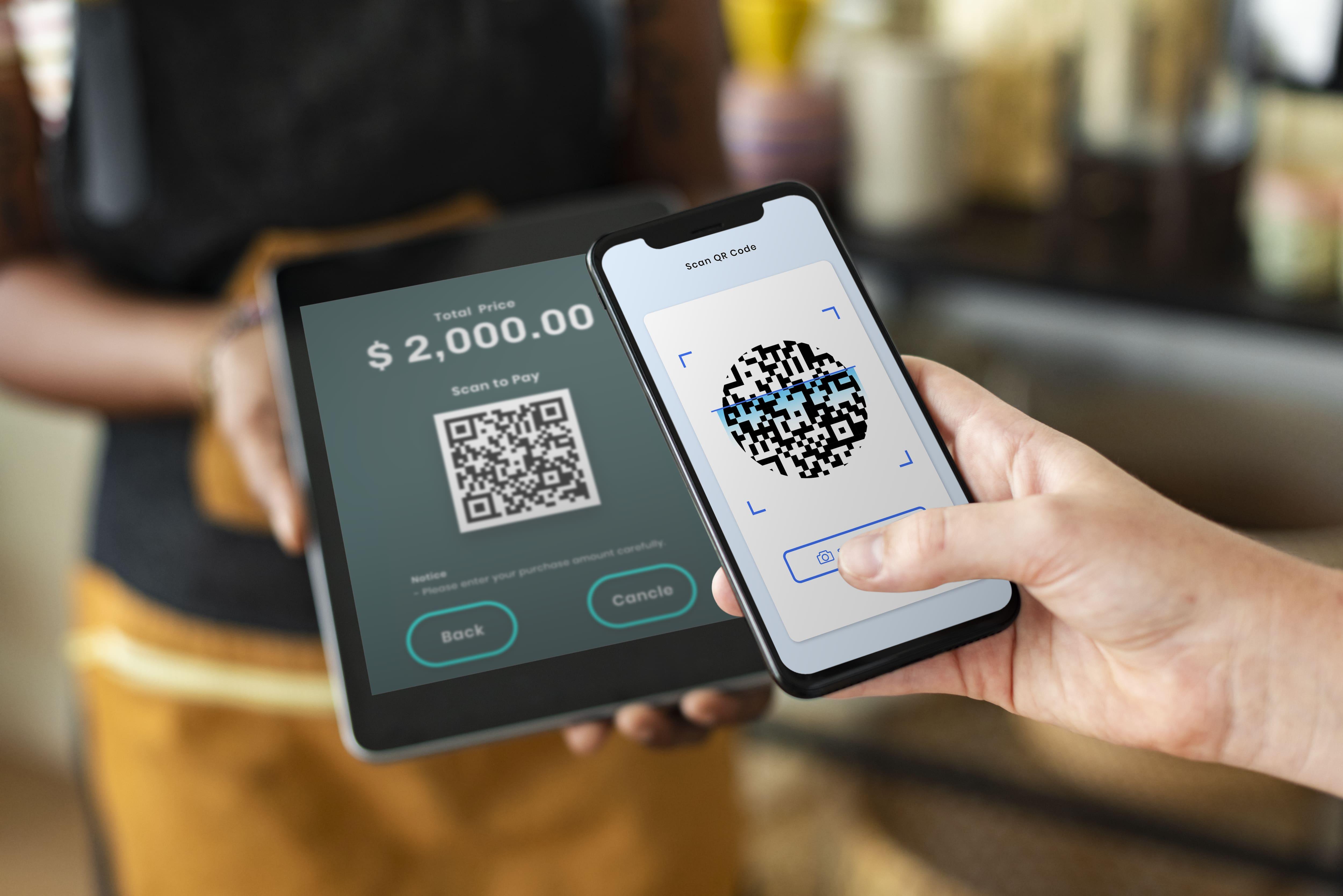 small-business-qr-code-cashless-payment-store-min